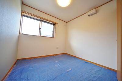 1階約5帖のお部屋。全居室洋室仕様となっております。