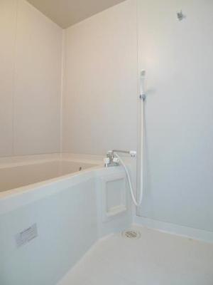 【浴室】ヴィレッジまなべD