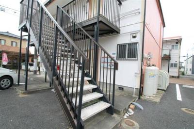 階段も急ではないので上り下りしやすいです