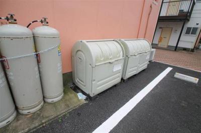 毎朝のめんどうなゴミ捨ても敷地内にあるか