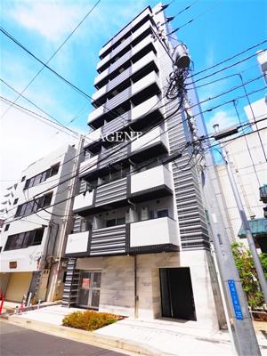 「横浜」駅へ徒歩10分と毎日の通勤やお買い物にも便利な立地。