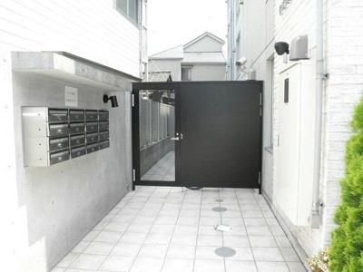 【エントランス】ZESTY若林Ⅱ