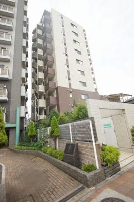 京急本線「花月園前駅」徒歩4分のエキチカマンションです。