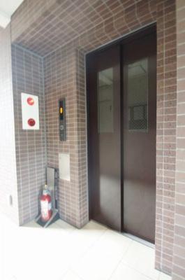 エレベータースペース