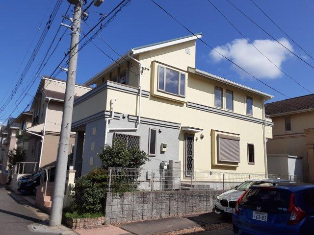 中古戸建て 4LDK 新鎌ヶ谷3丁目 人気の新鎌ヶ谷、お洒落な吹抜けのある家!仲介手数料無料です。