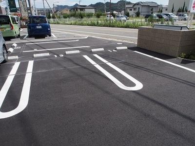 【駐車場】フィレール デュ トラジャⅦ