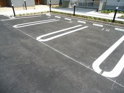 【駐車場】ラフィーネ和なごみ
