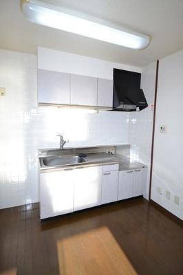 【キッチン】ルミエール南都