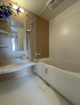 シティウイングお花茶屋の浴室です。