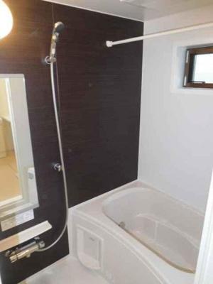 追い焚き機能と浴室乾燥機付き