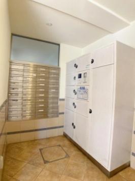 シーズガーデン瑞江の宅配ボックスです。