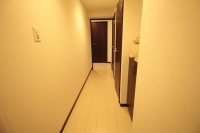 【玄関】クラストガーデンⅢ
