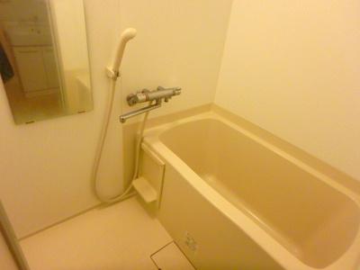 【浴室】フェリスファミリアクアトロ