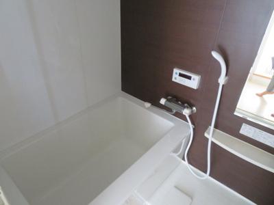 【浴室】フォレステージュ西本町