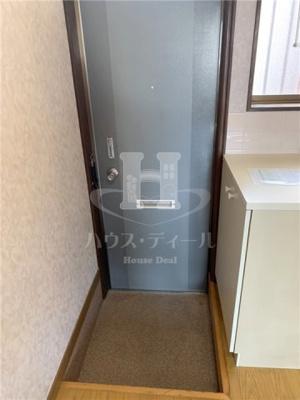 【玄関】アートハウス