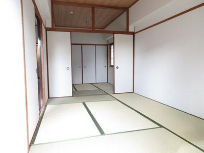 【洋室】リバーサイド千里丘