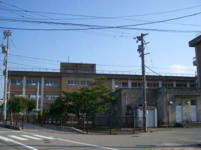 富山市立新庄小学校まで1,510m