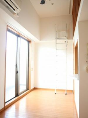 日当たりの良い明るいい部屋です(^^)/