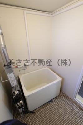 【エントランス】ニューハウジング黒須