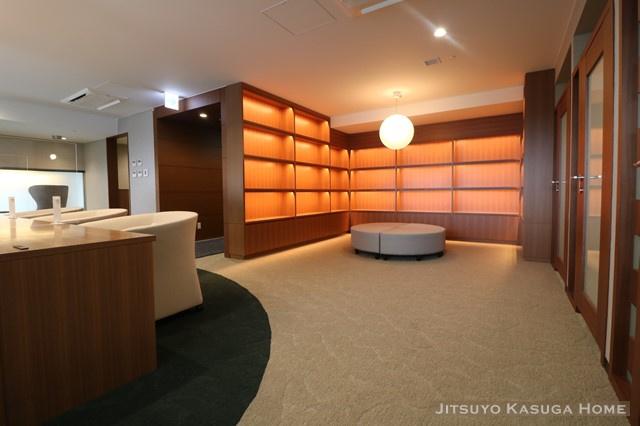 7階ライブラリーラウンジ