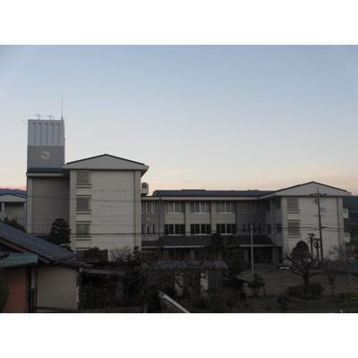 中学校「飯田市立緑ケ丘中学校まで1282m」
