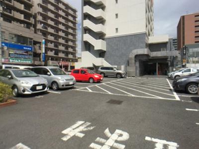 【駐車場】GRAND RISE 住居