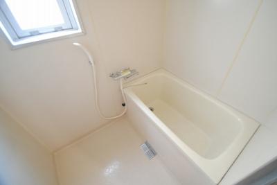 【浴室】メゾンファミール本町