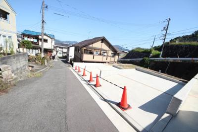 前面道路:公道 西約3.7~4.8m
