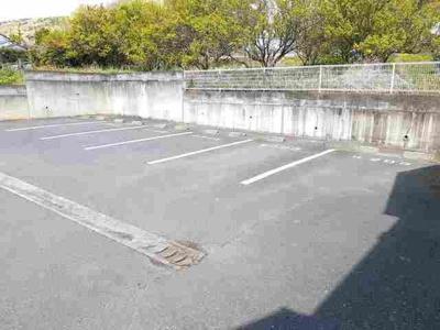 【駐車場】セレーノ双葉