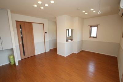 ※同建物反転タイプのお部屋の写真です。