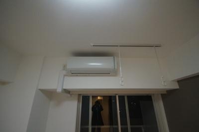 「もちろんエアコン完備」