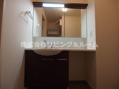 【独立洗面台】ラ・ドルチェヴィータ A棟
