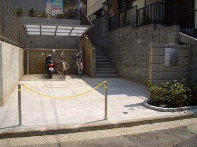 「専用駐輪場・原付バイク置場」