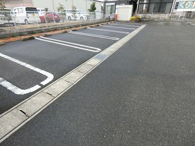 【駐車場】アージュa