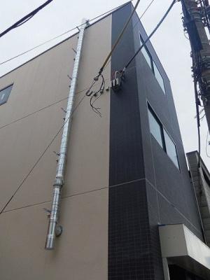 2012年3月竣工のマンションです。