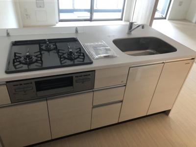 【キッチン】エルフォルテ東京EAST