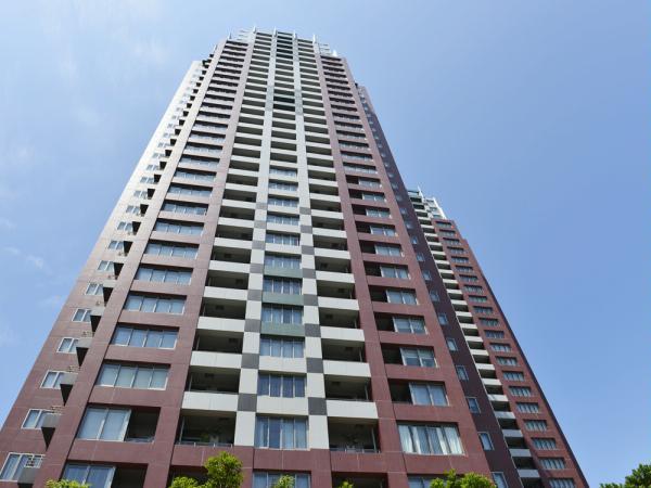 29階部分いて眺望良好 大切なペットと一緒に暮らせます 1階にはスーパー・保育園・医療施設があります 24時間遊真管理で安心 住宅ローン減税適合物件