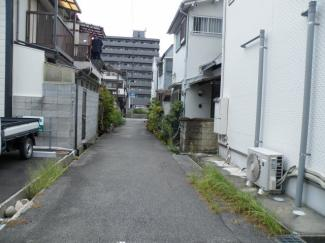 【前面道路含む現地写真】尼崎市大庄西町 中古戸建