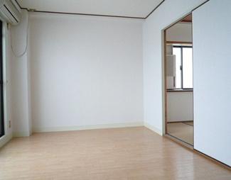 【洋室】兵庫県伊丹市昆陽2丁目一棟マンション