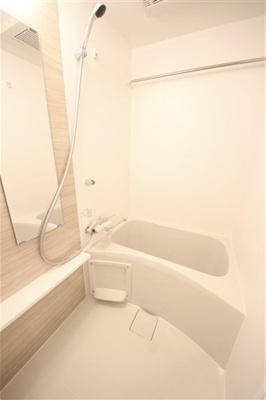 【浴室】エスリード弁天町ポートヴィラ