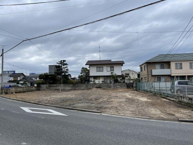 【前面道路含む現地写真】米原7丁目 売土地
