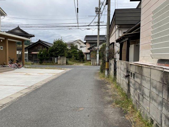 【前面道路含む現地写真】米子市旗ヶ崎3丁目 売土地