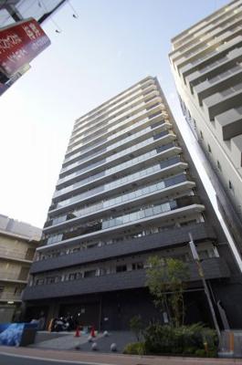 蒲田駅徒歩3分の駅近築浅分譲賃貸マンションです。