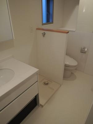 防水パン付きの室内洗濯機置き場