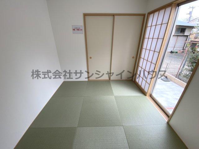 和室4.5帖 半畳たたみがかわいい和室です。
