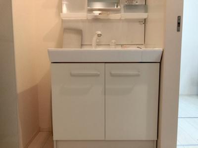 忙しい朝には欠かせない洗面所です 【COCO SMILE ココスマイル】