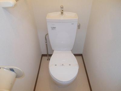 【トイレ】アドウェル三軒茶屋B棟 ペット相談可 駅近 バストイレ別 室内洗濯機置場