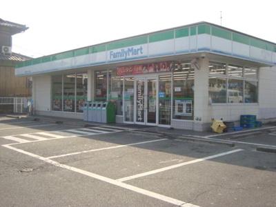 ファミリーマート鈴鹿ひばりケ丘店まで404m