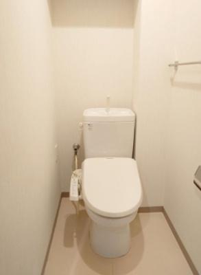 センシア山手大塚のトイレです。