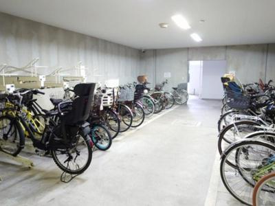 センシア山手大塚の駐輪場です。